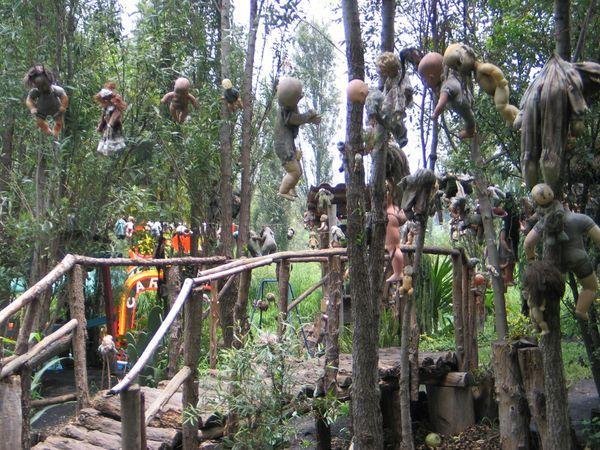 Остров погибших кукол