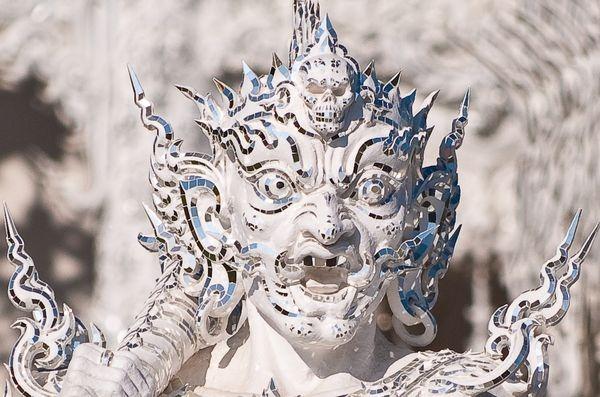 Белый Храм - Wat Rong Khun