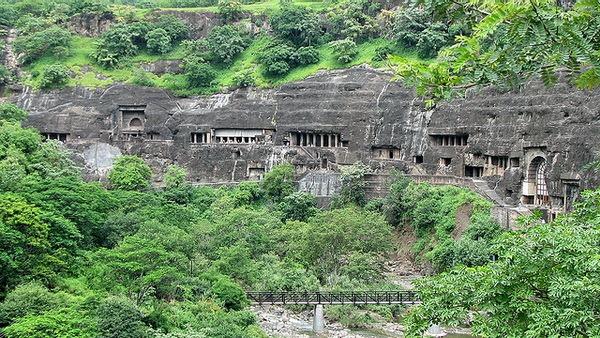 Пещерный комплекс Аджанта