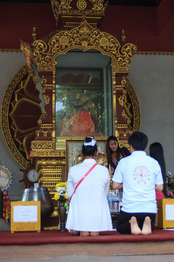 Wat Khunaram: Мумифицированный монах на Самуи Мумифицированный монах на Самуи Мумифицированный монах на Самуи 12518617703 12efc6e38e b
